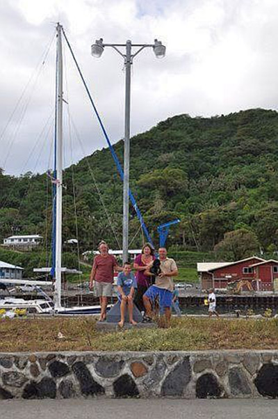 Cross              Family on Samoa - Tsunami Suvivors